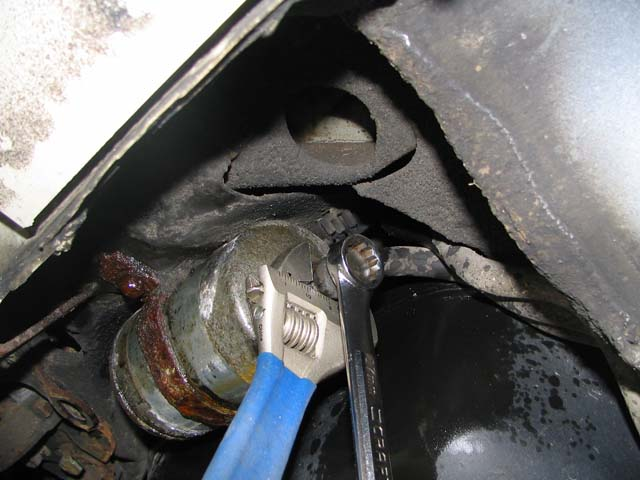 A Picture Of Engine Oil Filter For 2008 Saturn Astra, A ...